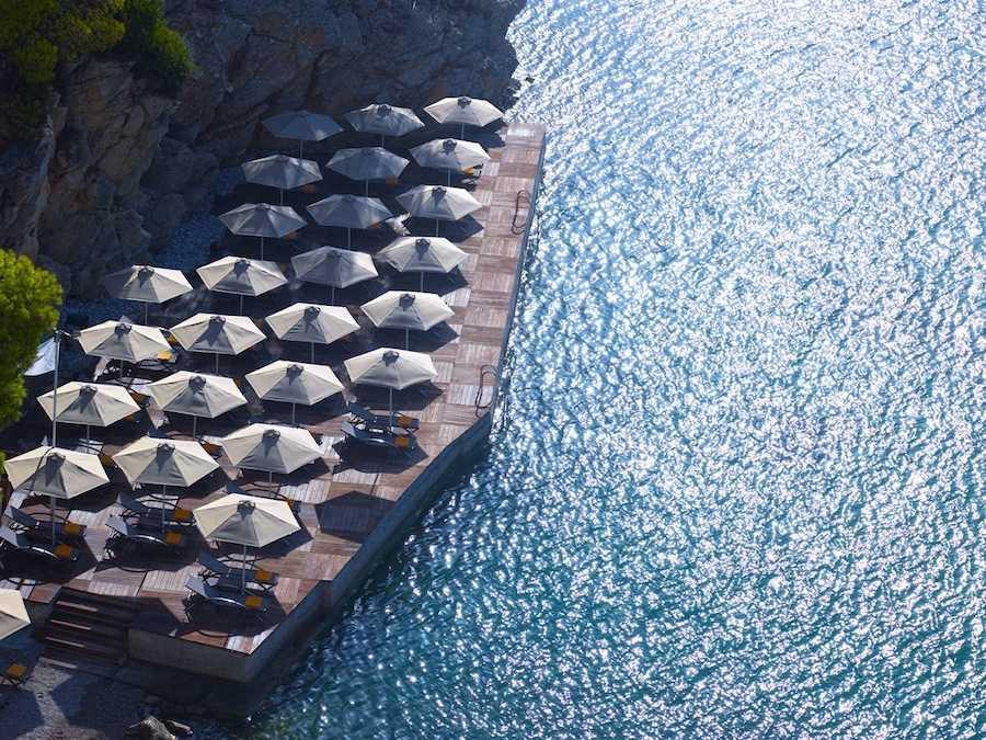 sirene-poros-hotel-deck